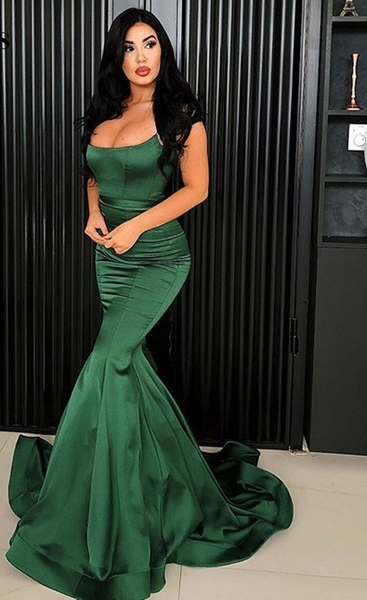 Rochie verde tip sirenă