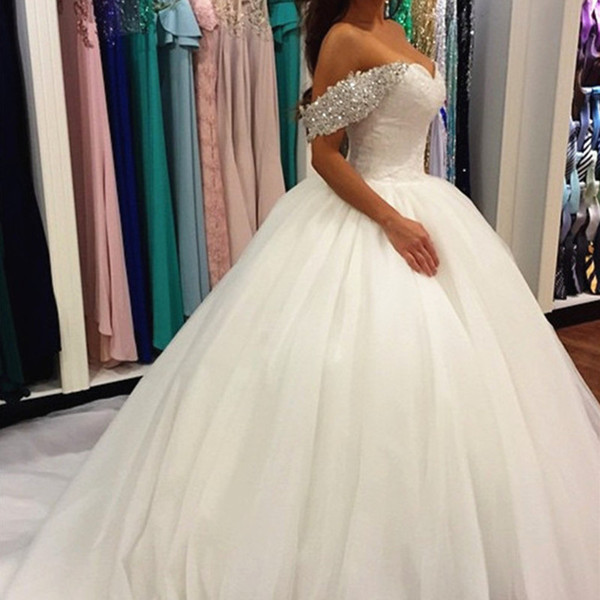Rochie de mireasă princess cu umeri lăsați
