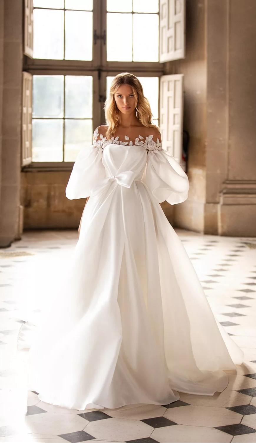 Rochie de mireasa Timisoara alba, cu maneci